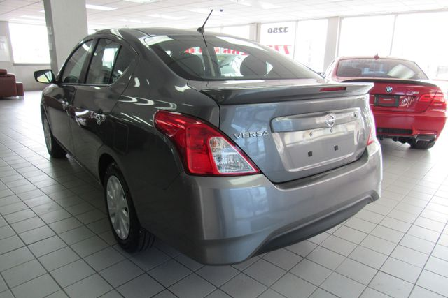 2017 Nissan Versa Sedan SV Chicago, Illinois 5