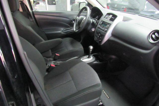 2017 Nissan Versa Sedan SV Chicago, Illinois 8