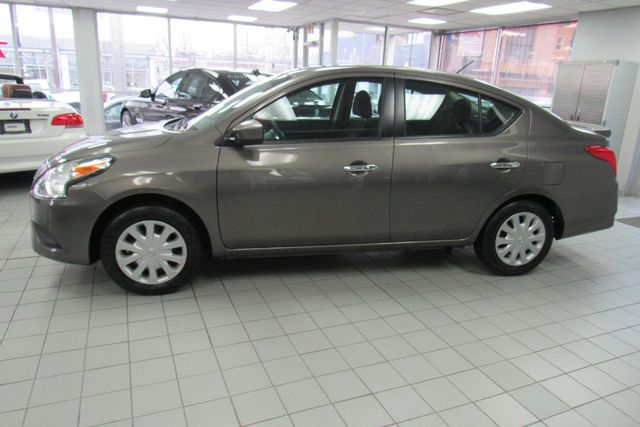 2017 Nissan Versa Sedan SV Chicago, Illinois 6