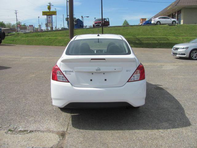 2017 Nissan Versa Sedan SV Dickson, Tennessee 3