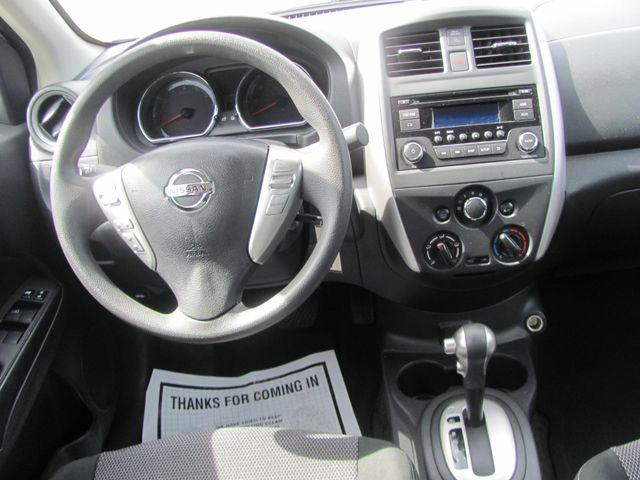 2017 Nissan Versa Sedan SV Dickson, Tennessee 6