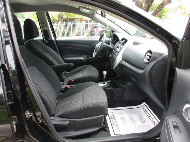 2017 Nissan Versa Sedan SV Miami, Florida 18