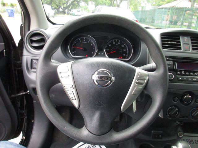 2017 Nissan Versa Sedan SV Miami, Florida 19