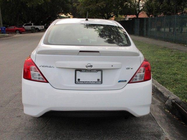 2017 Nissan Versa Sedan S Miami, Florida 3