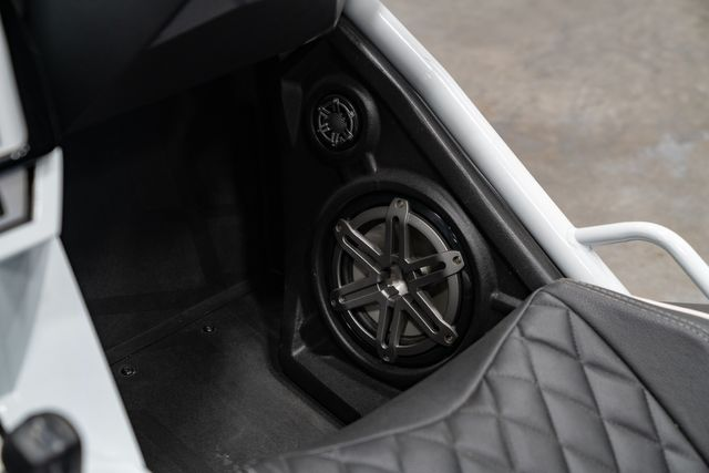 2017 Polaris SLINGSHOT® Base in , FL 32808