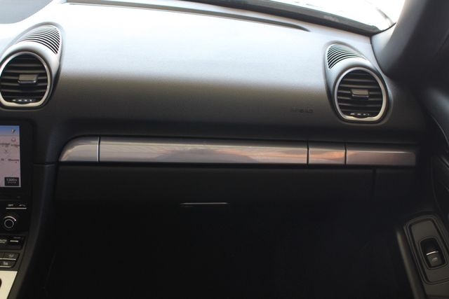 "2017 Porsche 718 Boxster NAV - PREMIUM PKG PLUS - 20"" CARRERA S WHEELS! Mooresville , NC 5"