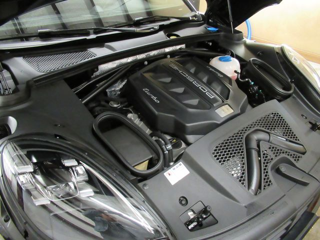 2017 Porsche Macan Turbo Austin , Texas 32