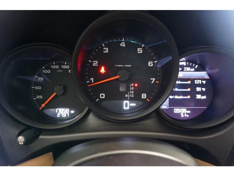 2017 Porsche Macan Base  city Texas  Vista Cars and Trucks  in Houston, Texas
