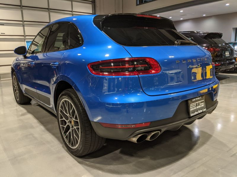 2017 Porsche Macan S  Lake Forest IL  Executive Motor Carz  in Lake Forest, IL
