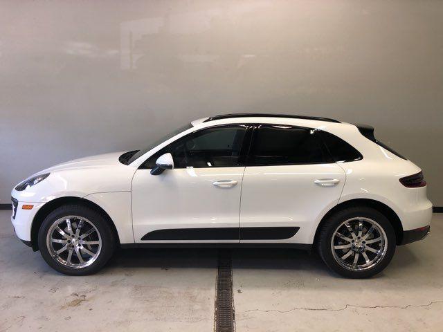 2017 Porsche Macan PREMIUM PLUS