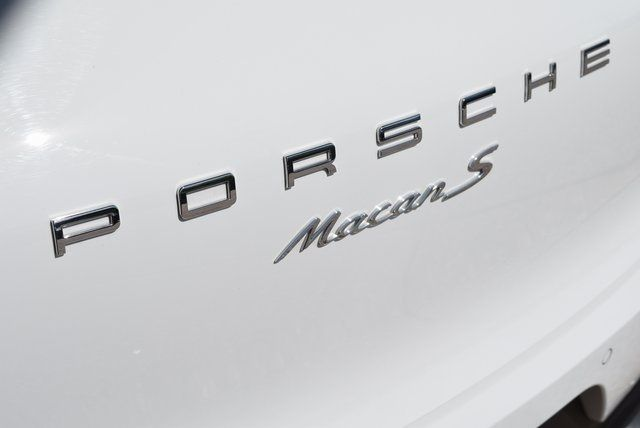 2017 Porsche Macan S in McKinney Texas, 75070