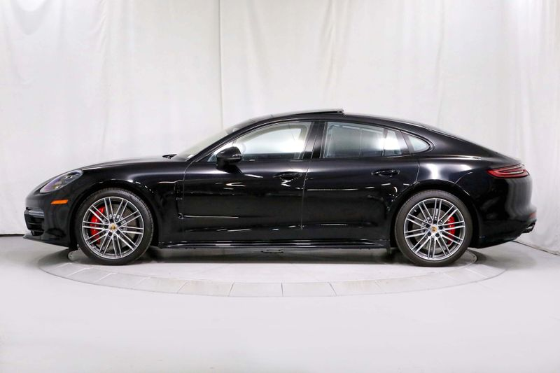 2017 Porsche Panamera Turbo -1 Owner - Original MSRP of 200K  city California  MDK International  in Los Angeles, California