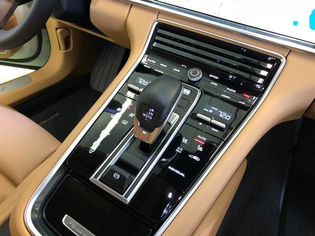 2017 Porsche Panamera Longwood, FL 22