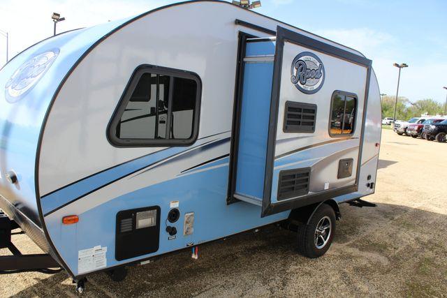 2017 R-Pod Rp180 in Roscoe, IL 61073