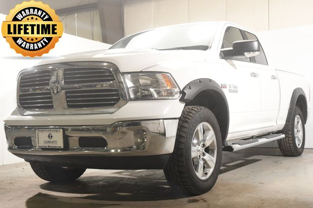 2017 Ram 1500 Big Horn w/Hemi/ Nav/ Heated Seats/ Full Console