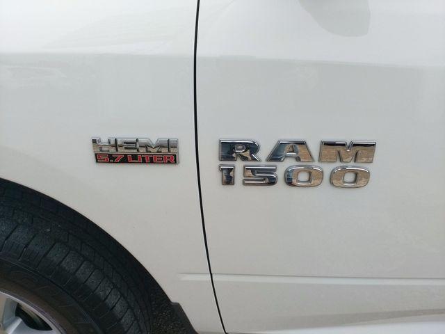 2017 Ram 1500 Crew Cab 4x4 SLT Houston, Mississippi 6