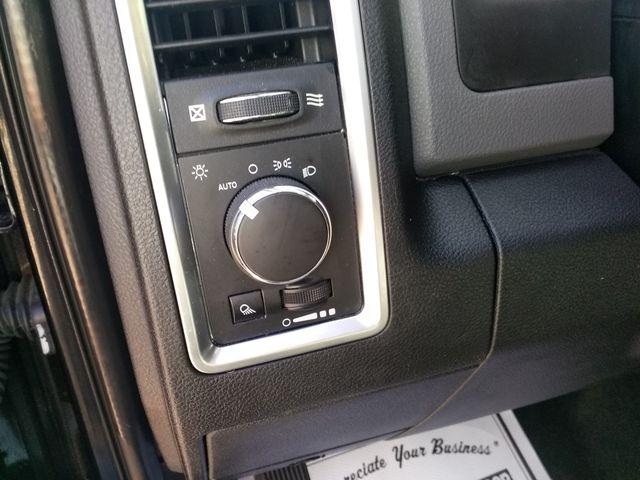 2017 Ram 1500 Crew Cab 4x4 SLT Houston, Mississippi 15