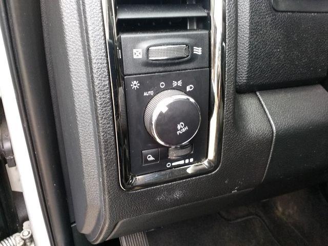 2017 Ram 1500 Crew Cab 4x4 Sport Houston, Mississippi 26