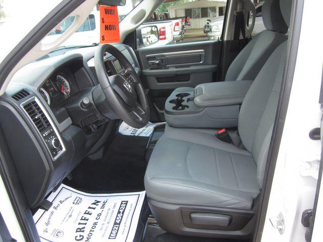 2017 Ram 1500 SLT Crew Cab 4x4 Houston, Mississippi 10