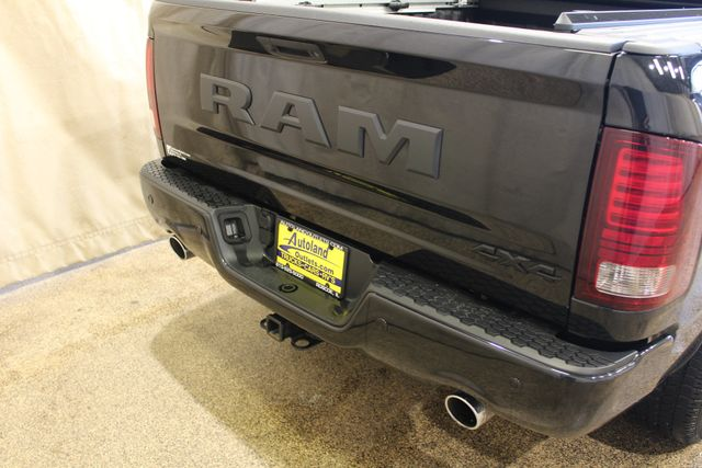 2017 Ram 4x4 1500 Night edition in Roscoe, IL 61073