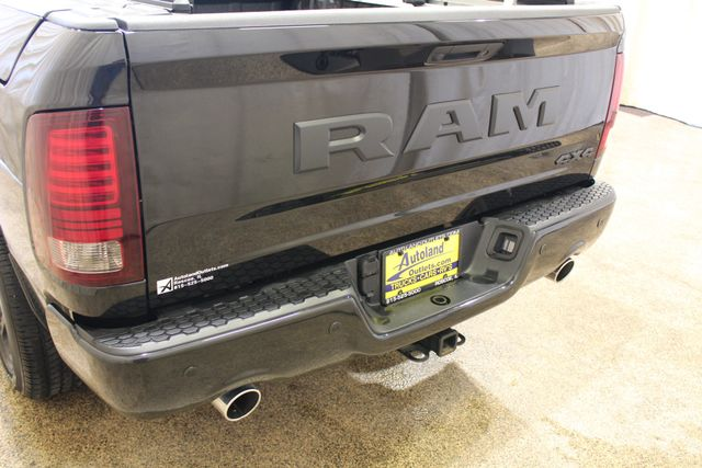 2017 Ram 4x4 1500 Night edition in Roscoe, IL 61073