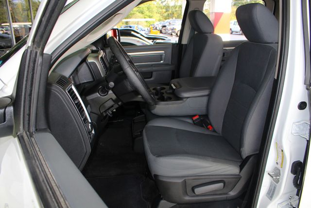 2017 Ram 2500 SLT Crew Cab 4x4 Mooresville , NC 4