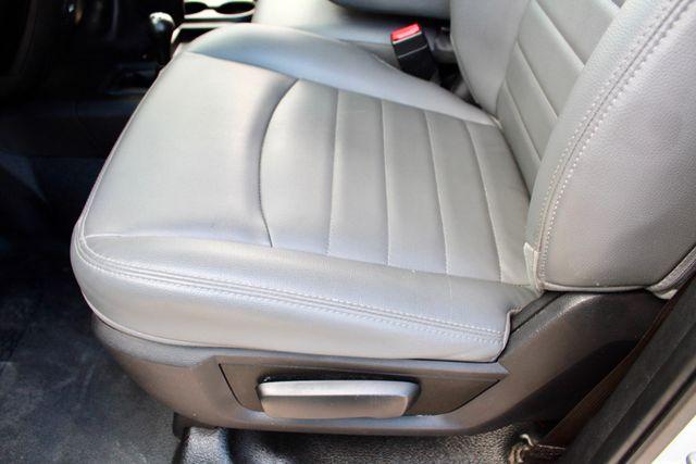 2017 Ram 2500 Tradesman Crew Cab 4x4 6.7L Cummins Diesel 6 Speed Manual Tommy Liftgate Sealy, Texas 31