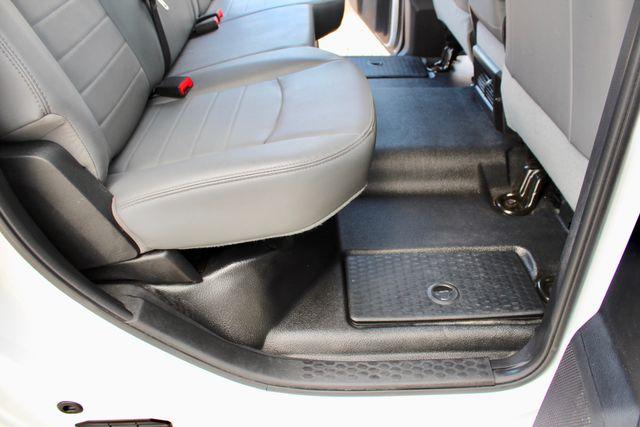 2017 Ram 2500 Tradesman Crew Cab 4x4 6.7L Cummins Diesel 6 Speed Manual Tommy Liftgate Sealy, Texas 40
