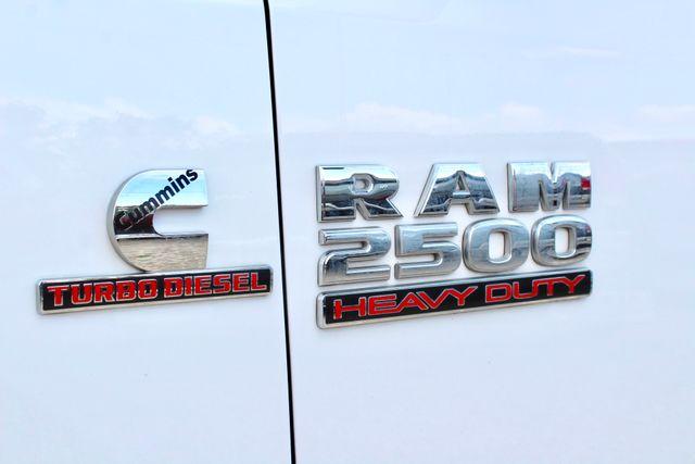 2017 Ram 2500 Tradesman Crew Cab 4x4 6.7L Cummins Diesel 6 Speed Manual Tommy Liftgate Sealy, Texas 23