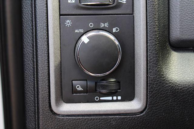 2017 Ram 2500 Tradesman Crew Cab 4x4 6.7L Cummins Diesel 6 Speed Manual Tommy Liftgate Sealy, Texas 56