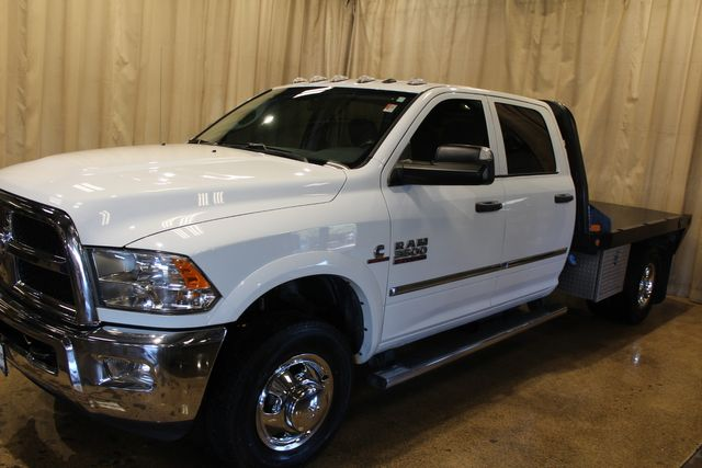 2017 Ram 3500 Chassis Cab Tradesman Flatbed 4x4 Diesel in Roscoe, IL 61073