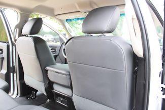 2017 Ram 3500 Tradesman Crew Cab 4x4 6.7L Cummins Diesel Aisin Auto Flatbed Sealy, Texas 40