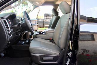 2017 Ram 3500 DRW Tradesman Crew Cab 4X4 6.7L Cummins Diesel Auto Sealy, Texas 29