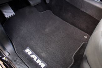 2017 Ram 3500 DRW Tradesman Crew Cab 4X4 6.7L Cummins Diesel Auto Sealy, Texas 31