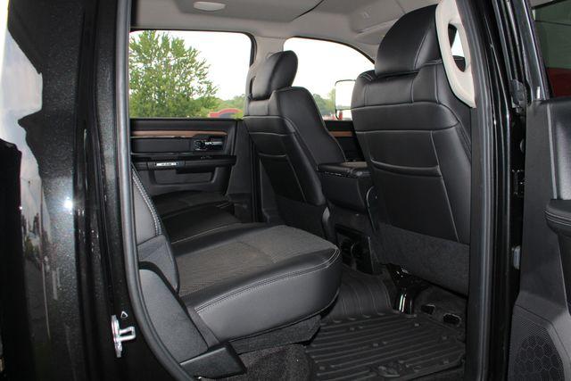 2017 Ram 3500 Laramie Crew Cab Long Bed DRW 4x4 - NAVIGATION! Mooresville , NC 44