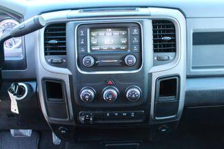 2017 Ram 3500 DRW Tradesman Crew Cab 4x4 6.7L Cummins Diesel Dually Auto Sealy, Texas 52