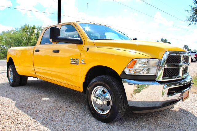 2017 Ram 3500 Tradesman Crew Cab 2wd 6.7L Cummins Diesel 6 Speed Manual Dually in Sealy, Texas 77474