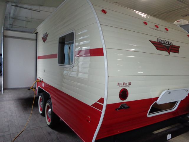 2017 Riverside Rv Retro 199FKS Mandan, North Dakota 18