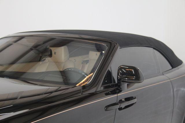 2017 Rolls-Royce Dawn Houston, Texas 21