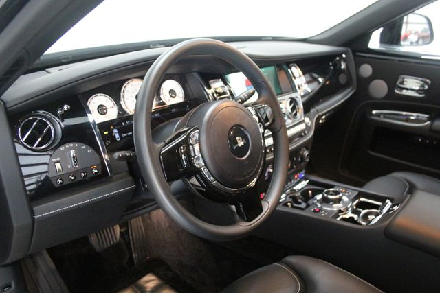 2017 Rolls-Royce Ghost BLACK BADGE EDITION Houston, Texas 25
