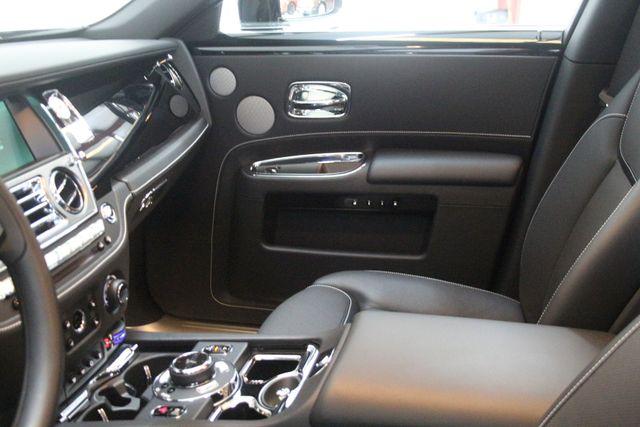 2017 Rolls-Royce Ghost BLACK BADGE EDITION Houston, Texas 26