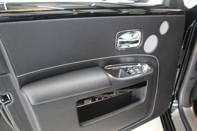 2017 Rolls-Royce Ghost BLACK BADGE EDITION Houston, Texas 27