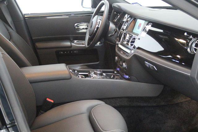 2017 Rolls-Royce Ghost BLACK BADGE EDITION Houston, Texas 33