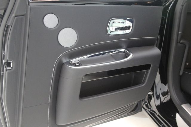 2017 Rolls-Royce Ghost BLACK BADGE EDITION Houston, Texas 37