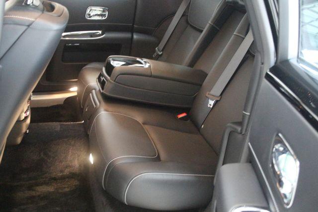 2017 Rolls-Royce Ghost BLACK BADGE EDITION Houston, Texas 40
