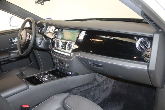 2017 Rolls-Royce Ghost Houston, Texas 32