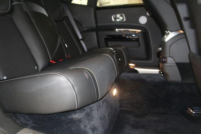 2017 Rolls-Royce Ghost Houston, Texas 35