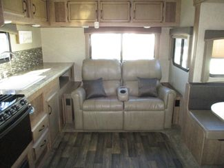 2017 Starcraft Launch 24RLS Ultra Lite  city Florida  RV World of Hudson Inc  in Hudson, Florida