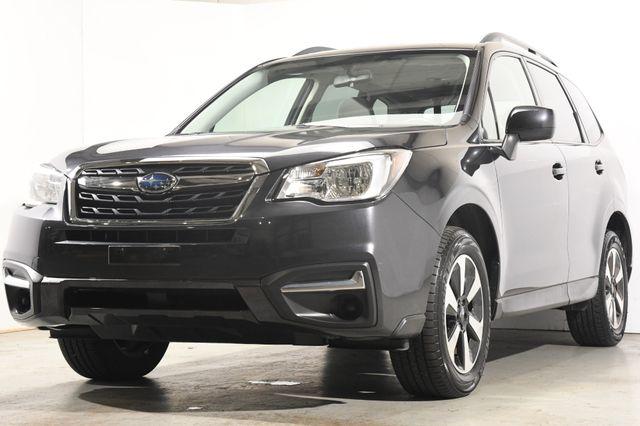 2017 Subaru Forester Premium w/ Sunroof/ Nav/ Heated Seats