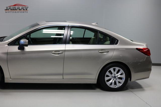2017 Subaru Legacy Premium Merrillville, Indiana 32